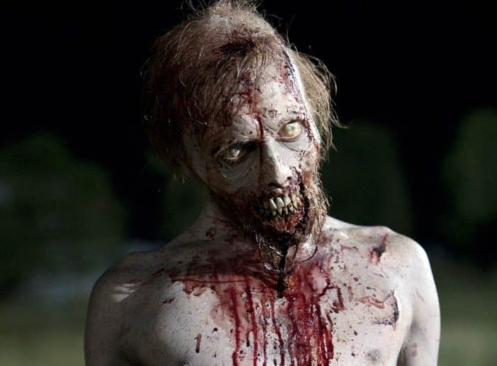the-walking-dead-02-11-walker-mainb