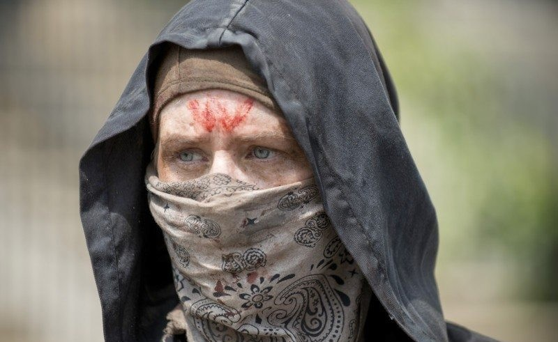 Carole from the Walking Dead Season 6 Episode 2 dressed as a Wolf