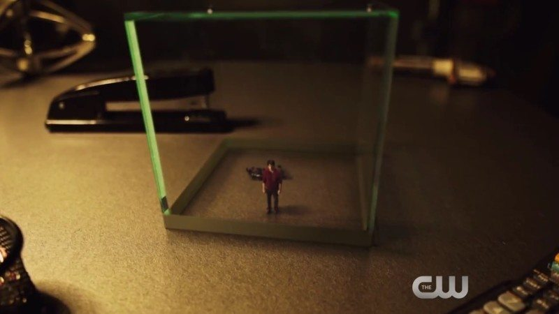 "arrow atom trapped arrow s4e6 ""lost souls"" review dc comics dc tv"