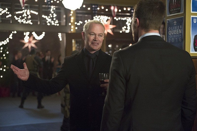 arrow dark waters darhk