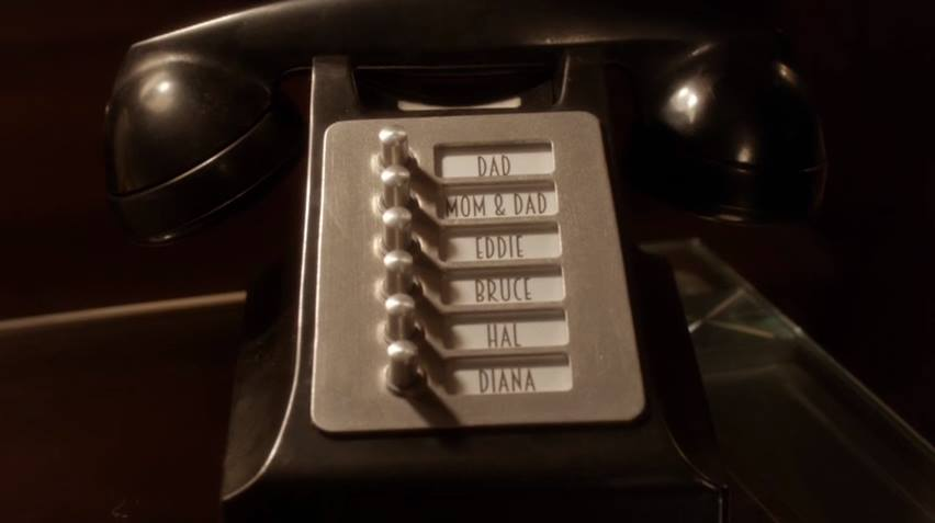 The Flash Barry's phone
