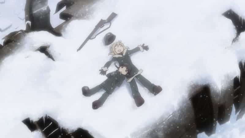 Chito and Yuuri rest on the snow with a rifle.