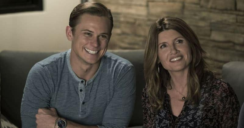 Billy Magnusson and Sharon Horgan in GAME NIGHT