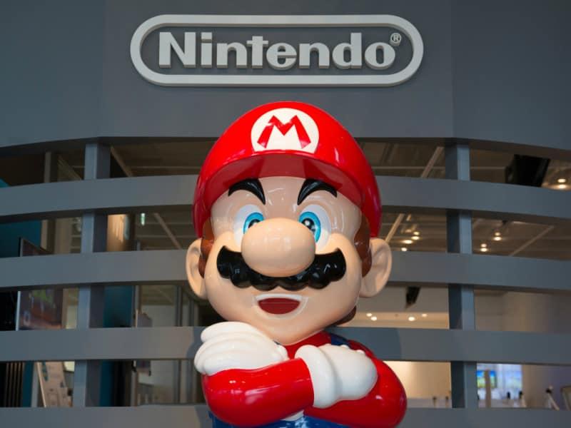 Mario Statue Court
