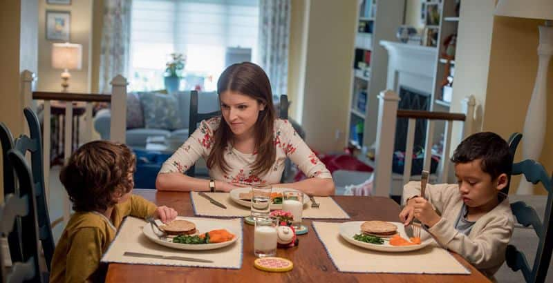 A SIMPLE FAVOR: Shannon and the kids