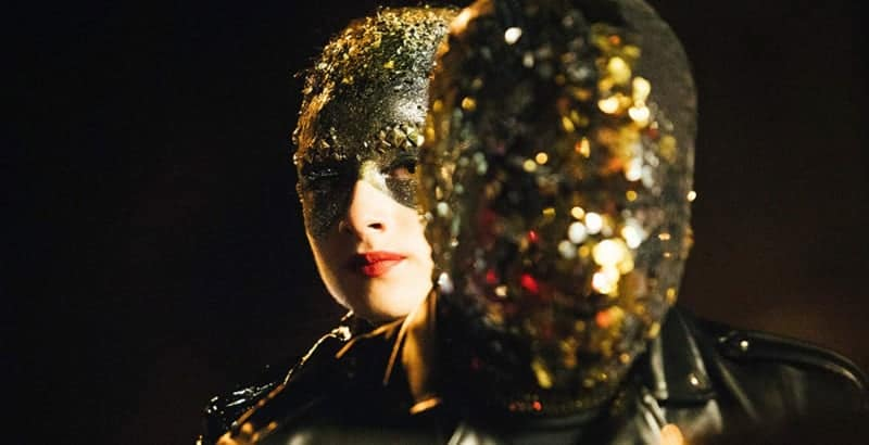 Vox Lux: Mirror mask