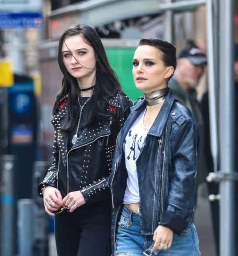 Vox Lux: mother daughter