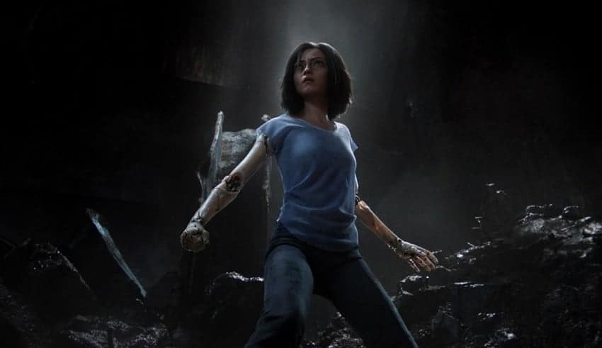 Alita: Featured Pose